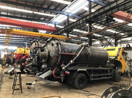Production Line of Vacuum Sewage Suction Truck