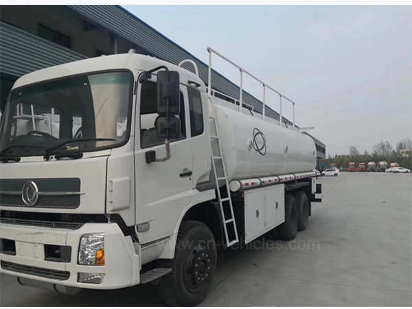 10000L 15000liters Gallons Fuel Delivery Truck Tanker Oil Diesel Engine Gasoline Refueled Truck With Nozzle