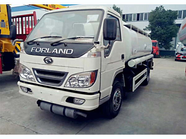 Forland 5cbm 6 wheels Rhd Fuel Oil Dispenser and Delivery Tank Truck Petrol Diesel Refueling Truck