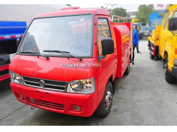 Dongfeng DFAC 1800 Liters to 2500 Liters Airfield Crash Fire Tenders Truck