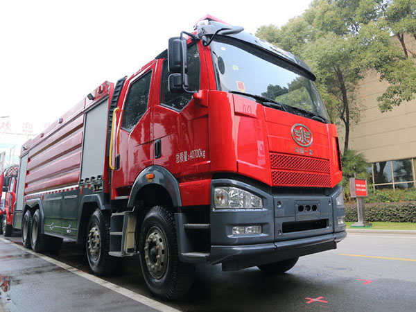 FAW fire truck 12 wheel water foam Dry Powde Heavy fire engine for sale
