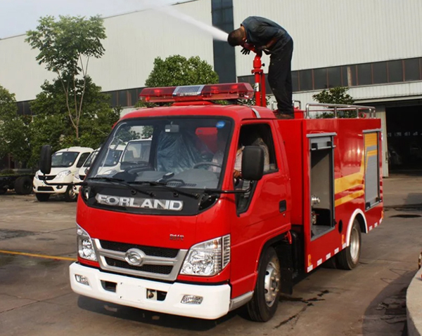 Forland 6 Wheels Diesel Engine Mini Fire Fighting Truck