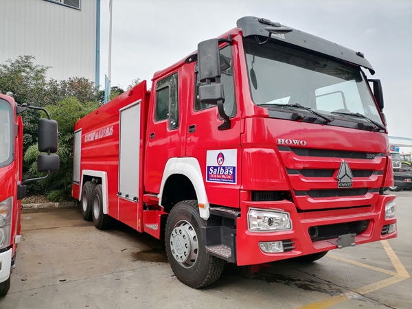 Sinotruck howo 336hp 10000Liters Water Tanker and 2000liter Foam Tanker Fire Fighting Engine