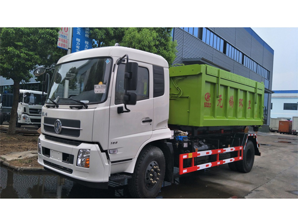 5 Tons Dongfeng Hook on Garbage Truck for Sales