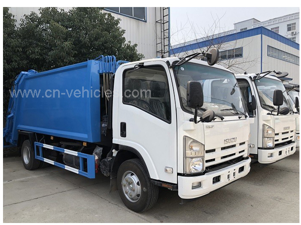 Isuzu 100p 98HP 4 Tons 4cbm Rear Loading Refuse Waste Compactor Truck for Export