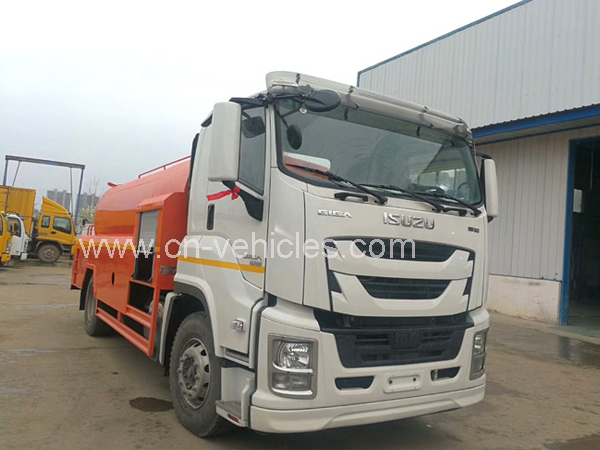 ISUZU  15 Tons Sewer Cleaning Vacuum Truck For City and Factory Usage