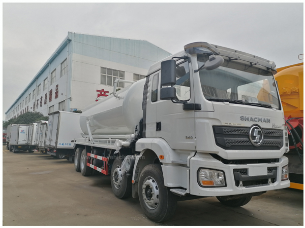 Shacman H3000 16000 liters to18000 Liters Septic Vacuum Tank Tankers Truck For Sales